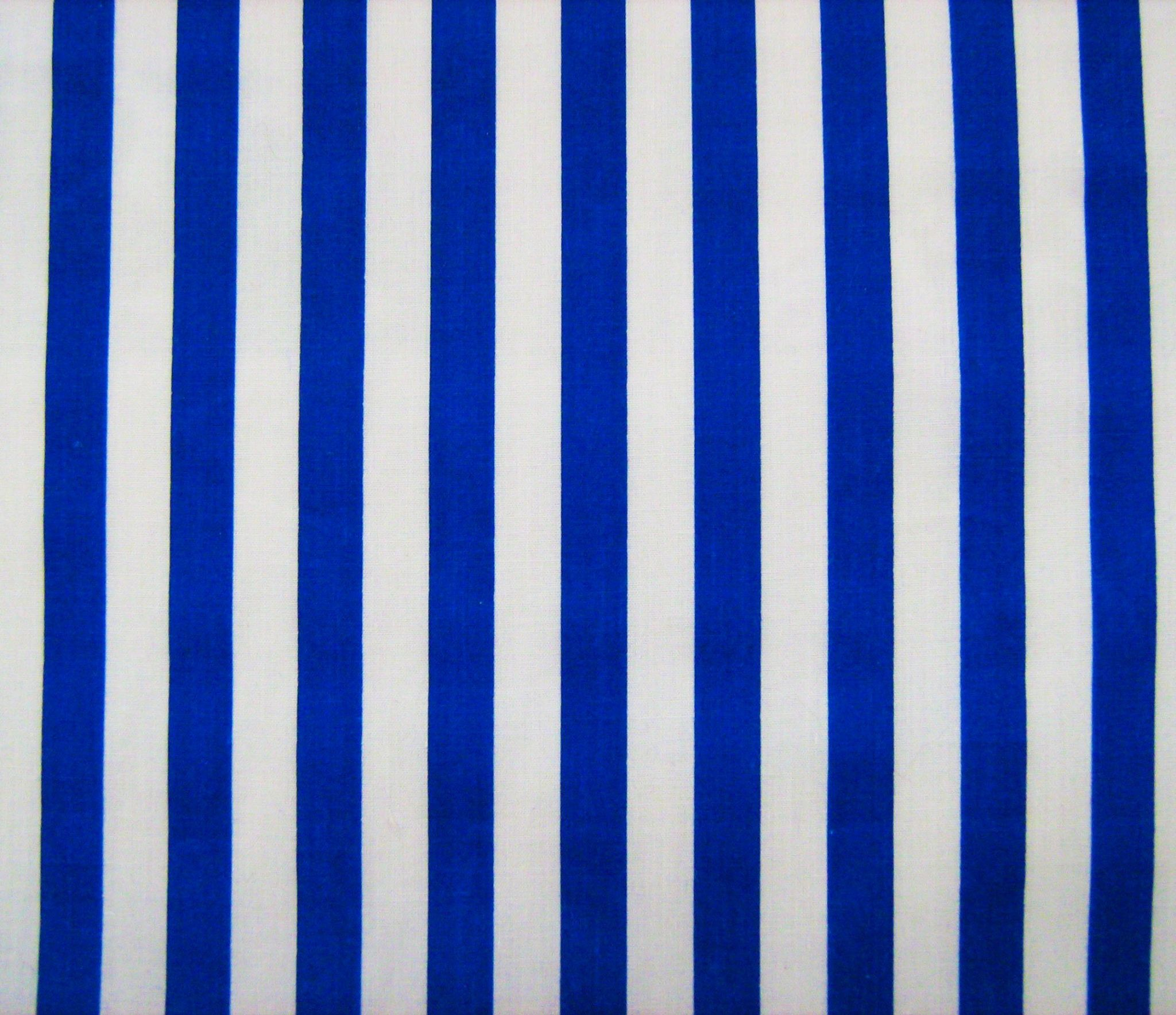 1cm Red Striped Printed Polycotton Fabric 45